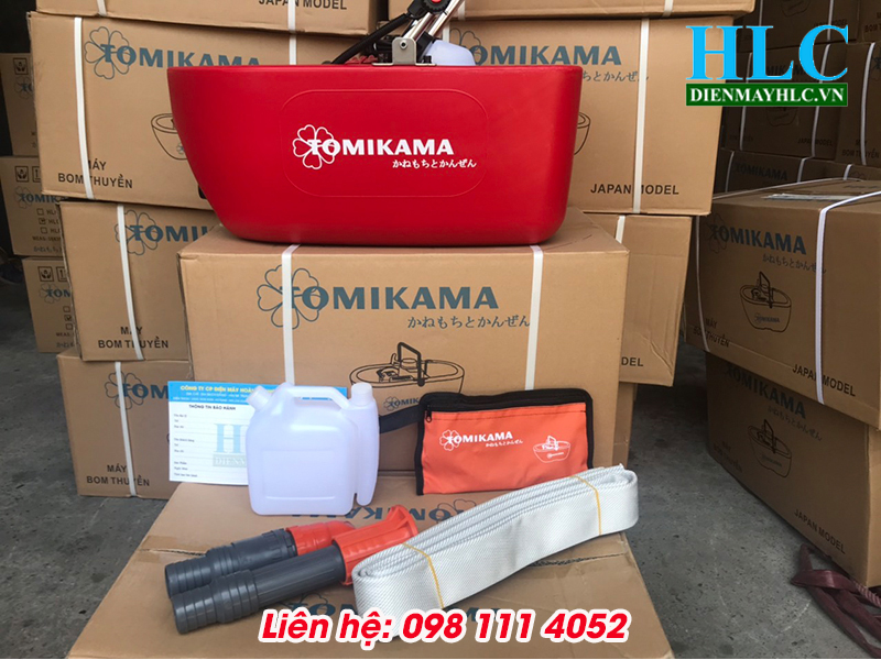 may-bom-thuyen-tomikama-520-tha-troi-2
